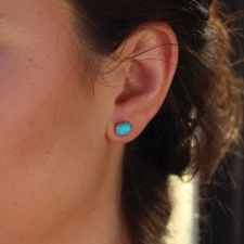 Turquoise 18k Egg Stud Earrings Image