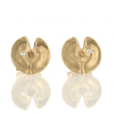 Lilly Pad Gold Stud Earring Image
