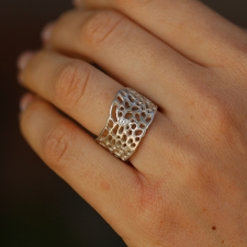 Sea Fan Silver Ring with Diamond Image