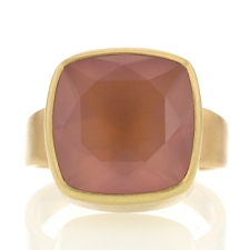 Rose Quartz Square 18k Gold Ring Image