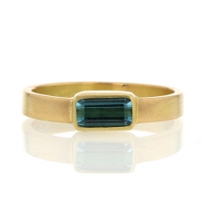Afghan Tourmaline 18k Yellow Gold Ring Image