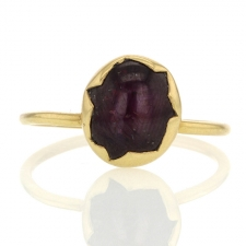 Star Ruby 18k Gold Egg Ring Image