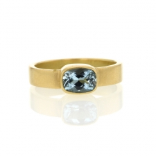 Aquamarine 18k Gold Thin Cigar Band Image