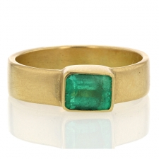 Emerald 18k Cigar Band Image