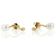 Seafire Keishi Pearl and Diamond Stud Post Earrings Image