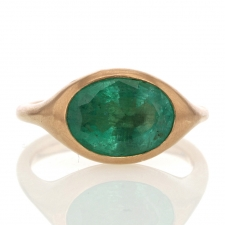 Sculptural Emerald 18k Rose Gold Ring Image