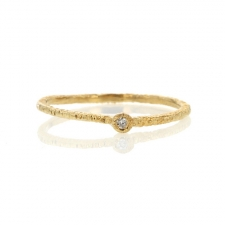 Etched Gold Band with Single Diamond Image