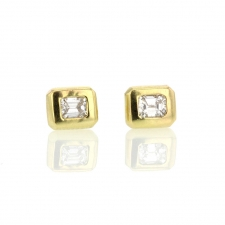 Emerald Cut Diamond 18k Yellow Gold Stud Earrings Image