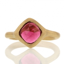 Burgundy 18k Yellow Gold Tourmaline Ring Image
