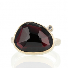 Asymmetrical Garnet Ring with Satellite Diamond Image