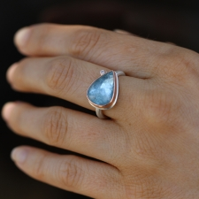 Aquamarine Teardrop Inverted Faceted Ring with Diamond Image