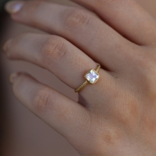 Moonstone Square 18k Gold Rope Ring Image