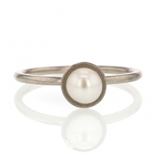 18k Palladium White Gold Signature Pearl Ring Image