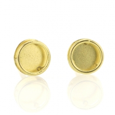 Shadow 18k Gold Stud Earrings Image