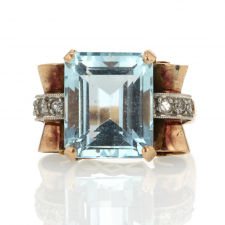 Retro Aquamarine Gold Ring Image