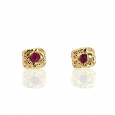 Carved Lace Pink Sapphire Gold Stud Earrings Image