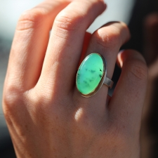 Chrysoprase Vertical Ring Image
