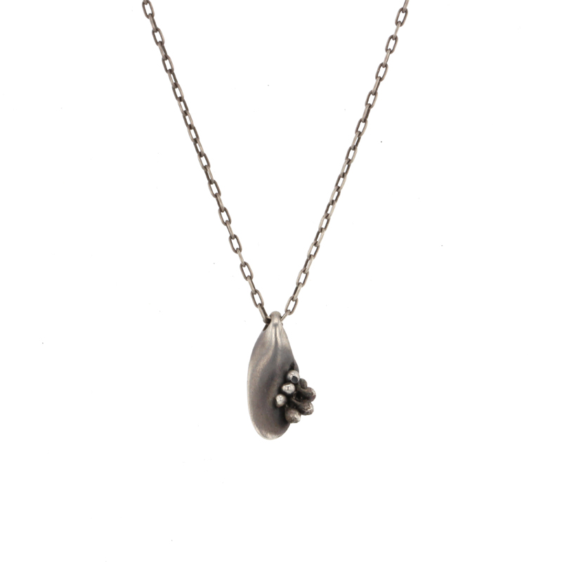 Small Pebble Necklace