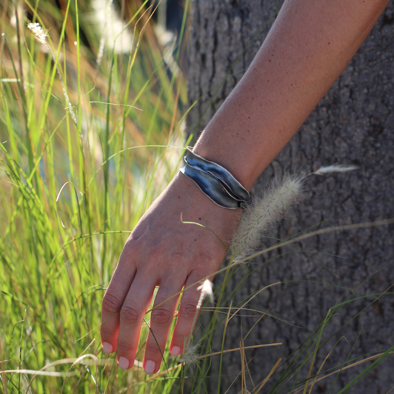 Brushed Silver Grass Bangle