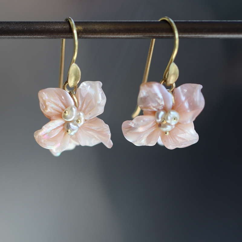 Pink Mother of Pearl African Violet Blossom Earrings