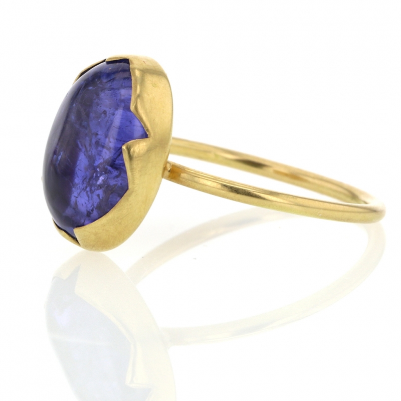 Tanzanite 18k Gold Egg Ring
