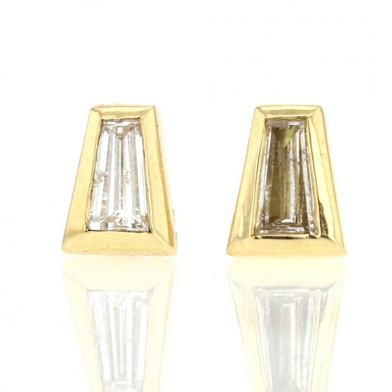 Baguette Diamond 18k Gold Tapered Stud Earrings