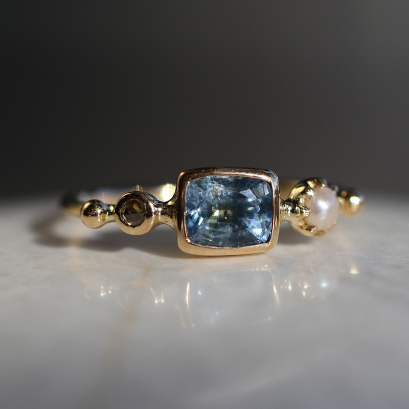 Blue Sapphire, Pearl and Diamond Simple Ring