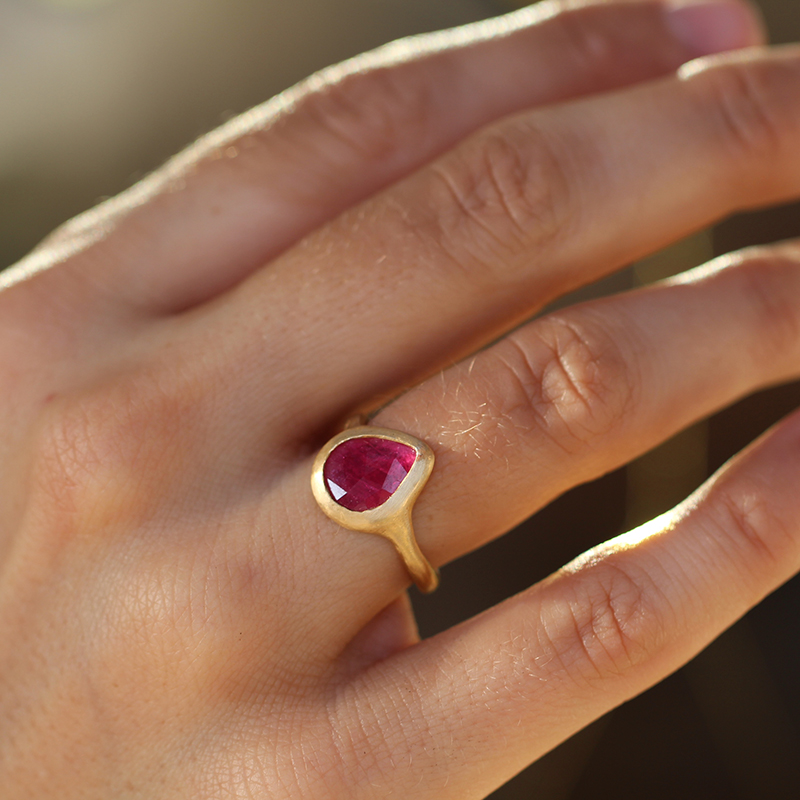 Ruby Teardrop Gold Ring