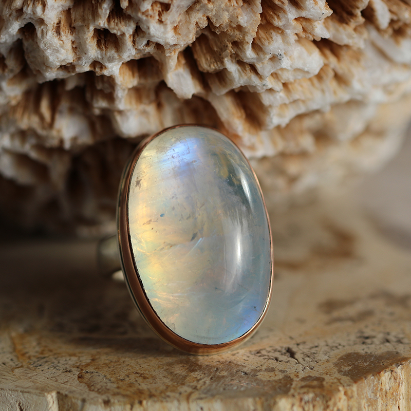 Large Vertical White Rainbow Moonstone Cabachon Ring