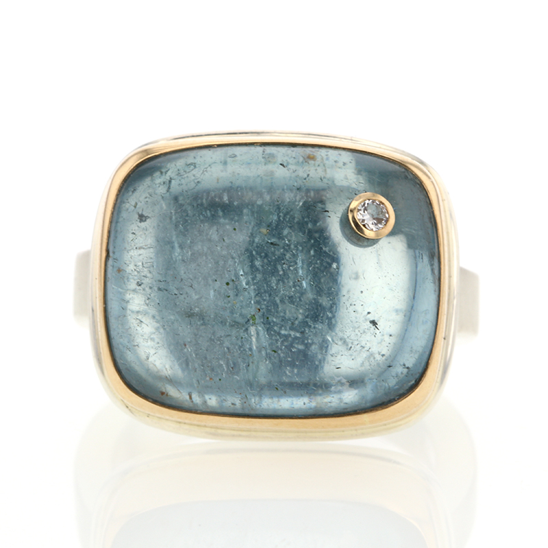 Rectangular Smooth Aquamarine Ring with Diamond Accent