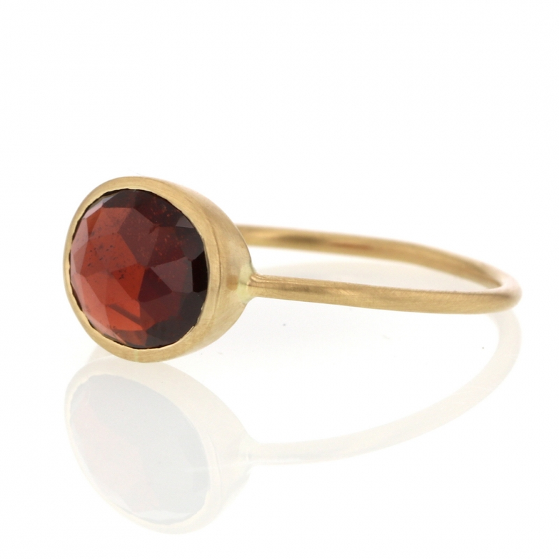 Faceted Oval Garnet 18k Gold Ring