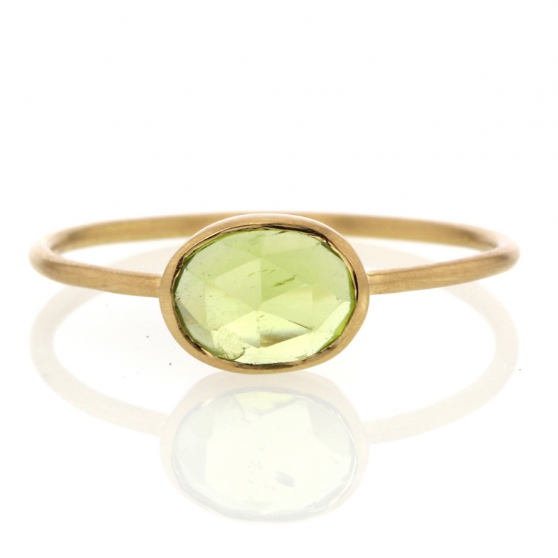Thin Peridot 18kt Gold Ring