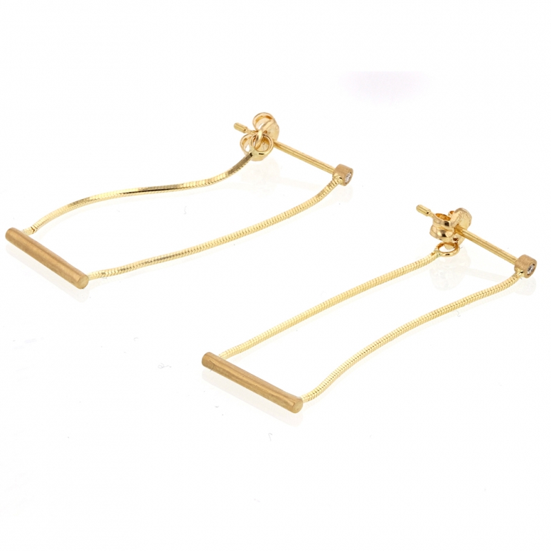 Gold Short Swing Earrings