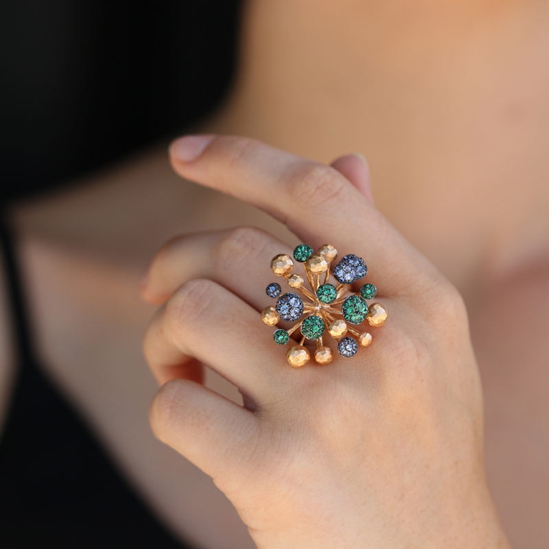 Sapphire and Emerald Fireworks 18k Gold Ring