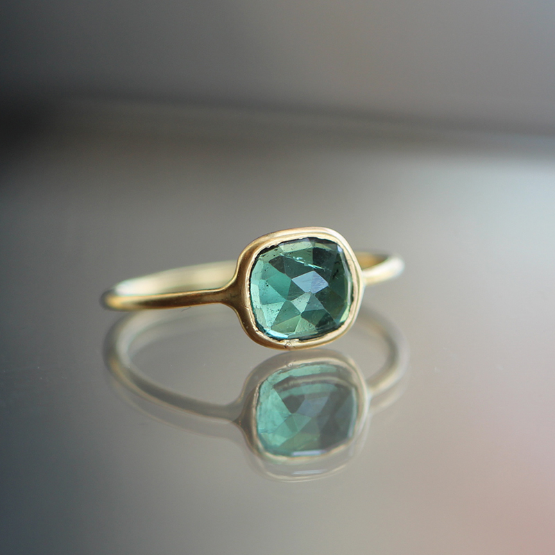 Green Tourmaline Yellow Gold Ring