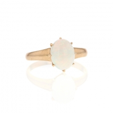 Opal Oval 9k Gold Ring Image