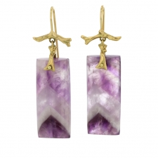 Chevron Amethyst Branch 18k Gold Earrings Image