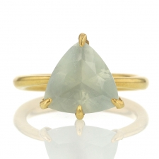 Moonstone 18k Gold Claw Ring Image