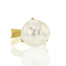 Baroque Pearl Bud Ring Image