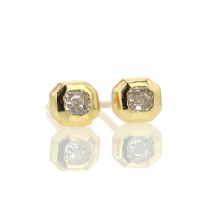Diamond Radiant Gold Stud Earrings Image