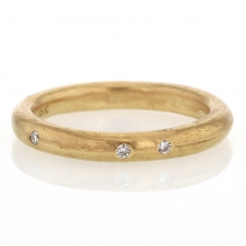 Perfect Gold Band with Six Diamonds Image