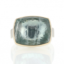 Rectangular Inverted Green Beryl Ring Image