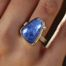 Vertical Tanzanite Ring with Diamond Accent Image