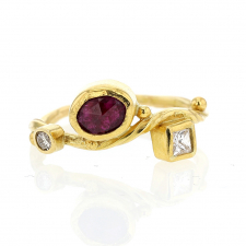 Ruby and Diamond 18k Gold Seafire Ring Image
