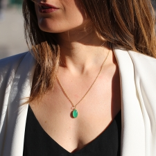 Chrysoprase Oval Cabachon 18k Gold Pendant (Chain Sold Separatel Image