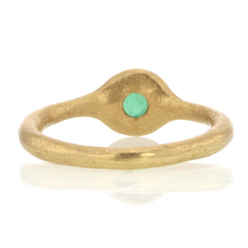 Small Round Emerald 18k Gold Ring