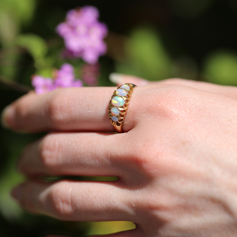 Antique Victorian 18k Gold and Opal Ring